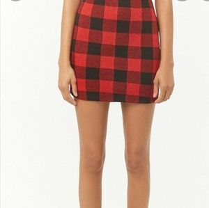 Limite  plaid red and black skirt size  5